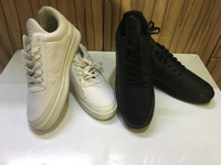 Used Spanning set of 2 pairs size 43 in Dubai, UAE