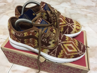 Used Vans ISO 2 x Pendleton in Dubai, UAE