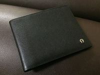 Used Super slim wallet (PAY 35)+GIFT  in Dubai, UAE