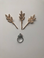 Used 3pcs Hairpins+Vintage ring+Stud earring in Dubai, UAE