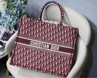 Used Dior Tote Bag New. AAA quality  in Dubai, UAE