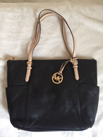 Used BRAND NEW ORIGINAL MICHAEL KORS PURSE in Dubai, UAE