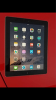 Used Ipad2 16gb wifi apple org + free items  in Dubai, UAE