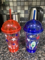 Used Kids straw cups with lights in Dubai, UAE