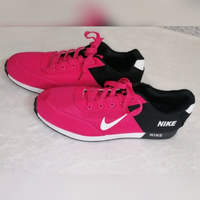 Used Nike shoes black and pink size 43 & 44 in Dubai, UAE