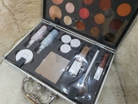 Used ofra make up set in Dubai, UAE