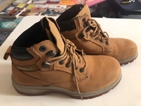 Used CAT new original shoes. steel toe.. S 38 in Dubai, UAE