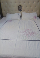 Used beautiful bedsheet ,& matress cover set in Dubai, UAE