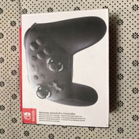 Used Nintendo switch pro controller black in Dubai, UAE