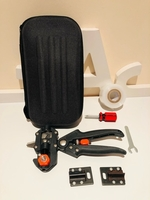 Used Garden grafting tools set with pouch in Dubai, UAE