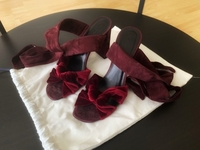 Used Velvet high heels sandals 38,5 size in Dubai, UAE