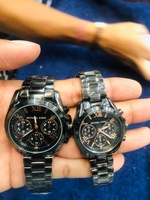 Used newMK COUPLES WATCH BLACK WITH BOX in Dubai, UAE