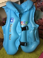 Used Swimming Life Vest for Kids (2-6years) in Dubai, UAE