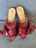Used No21 slippers size 39 new in Dubai, UAE