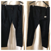 Used Men's jeans size XXL black  in Dubai, UAE