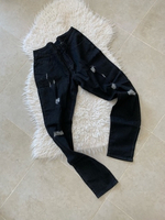 Used Black ripped jeans Size M  in Dubai, UAE
