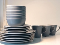 Used Kitchen plates & cups  in Dubai, UAE