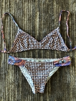 Used Swimsuit Billabong for a girl size 8 yo  in Dubai, UAE