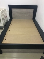 Used Single Bed in Dubai, UAE