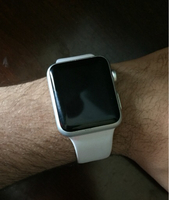 Used Apple Watch 7000 series (negotiable) in Dubai, UAE