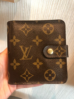 Used Lv Compact zippy in Dubai, UAE