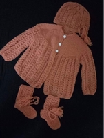 Used Hand knitted Baby sweater😊 in Dubai, UAE