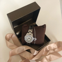 Used Silver Bee Sister Quartz Watch  in Dubai, UAE