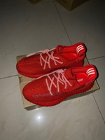 Used Yeezy 350 boost v2 red laces-reflective in Dubai, UAE