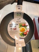 Fry pan nonstick.. new - 26cm size