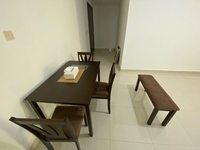Used Dinner Table in Dubai, UAE