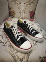 Used AUTHENTIC CONVERSE FOR MAN AND WOMAN,41 in Dubai, UAE