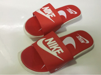Used Nike kids unisex size 34, new  in Dubai, UAE
