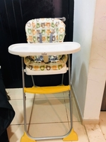 Used JOIE MIMZY SNACKER FEEDING HIGH CHAIR in Dubai, UAE
