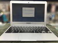 Used Samsung Chromebook Slim & Smart availble in Dubai, UAE