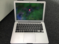 Used Apple MacBook Air 13 Core i5 4gb 256gb in Dubai, UAE