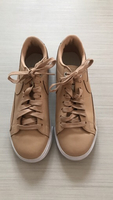 Used Nike ladies sneakers in beige size 38.  in Dubai, UAE