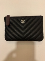 Used Chanel pouch in Dubai, UAE