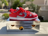 Used Off white dunk university red ( US 11 ) in Dubai, UAE