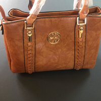 Used Tory Burch-handbag- first class copy  in Dubai, UAE
