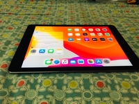 Used Ipad Air 2 wifi + cellular in Dubai, UAE