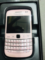 Used Black berry  Bold 9790  pink  in Dubai, UAE