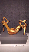 Used CHARLES AND KEITH (Size: 36) in Dubai, UAE