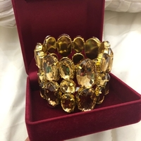 Used Crystal bracelet in Dubai, UAE