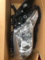 Used Original Toyota Headlight Prado 2014 New in Dubai, UAE