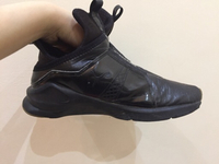 Used Fenty puma used sneakers size 37.5  in Dubai, UAE