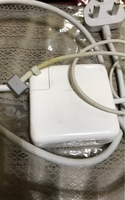 Used MacBook charger in Dubai, UAE