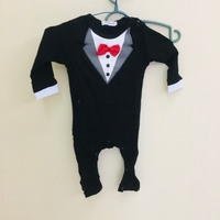 Used Brand New baby boy onesie size 80 in Dubai, UAE