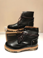 Used Men's tall Martin boots size 43/26.5/27c in Dubai, UAE
