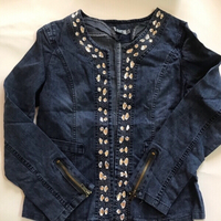 Used Denim jacket size xl for women  in Dubai, UAE