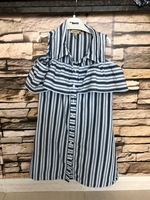 Used Dress for a girl 8 years old  in Dubai, UAE